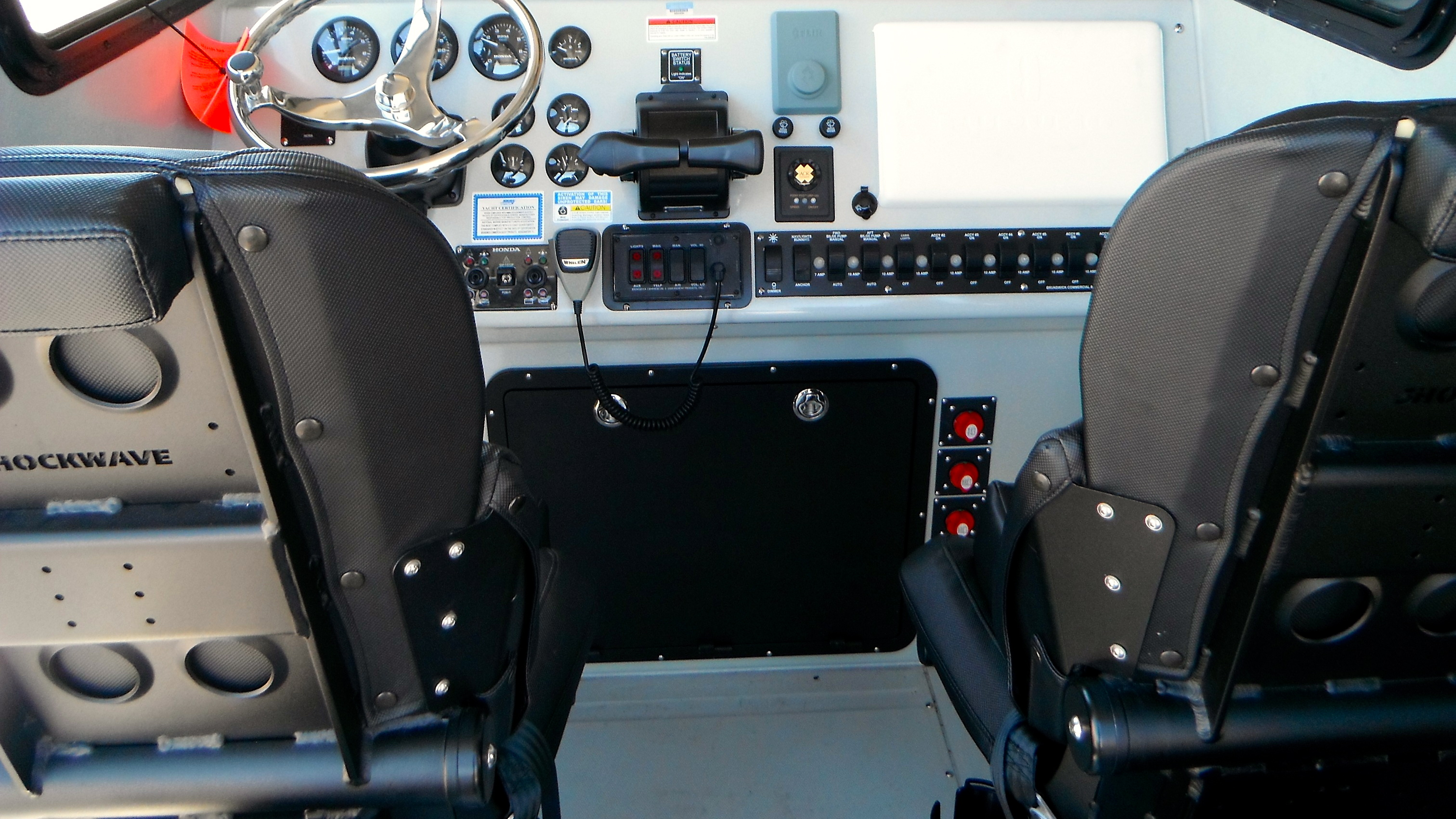 Sport Rigged Dash Shockwave Seats