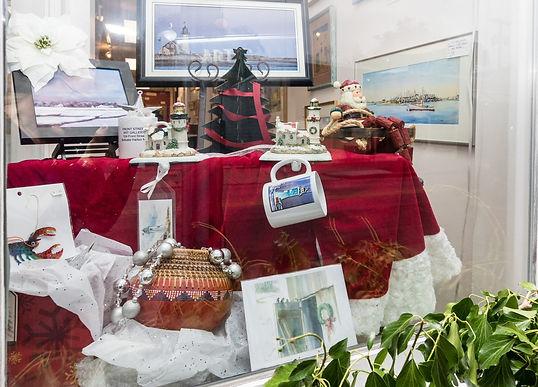 (c)Linda Pedersen 72DPI window Christmas
