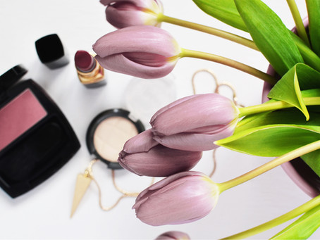 Roses are red, and so are you cheeks: why you should lighten up your blush shade
