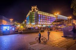 Light market Place