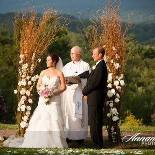 Wedding photography at the Avon Old Farm