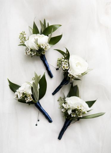 Ranunculus boutonneire