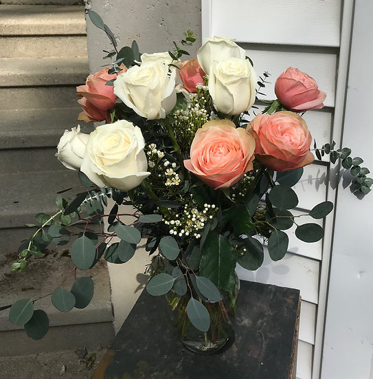 12 Roses Arranged