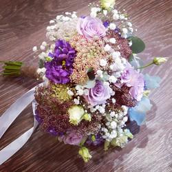 Bouquet de mariée parme
