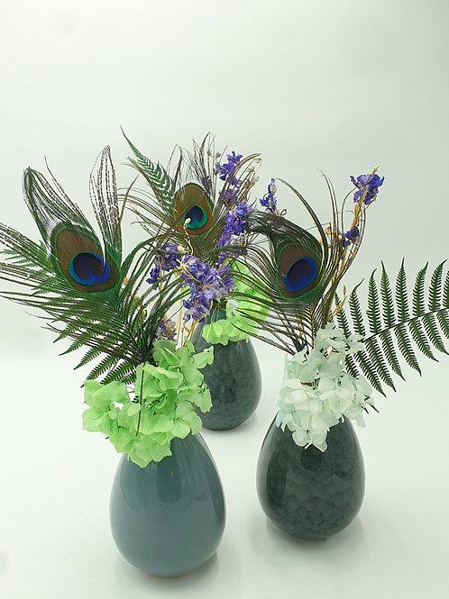 Grand soliflor et fleurs séchées