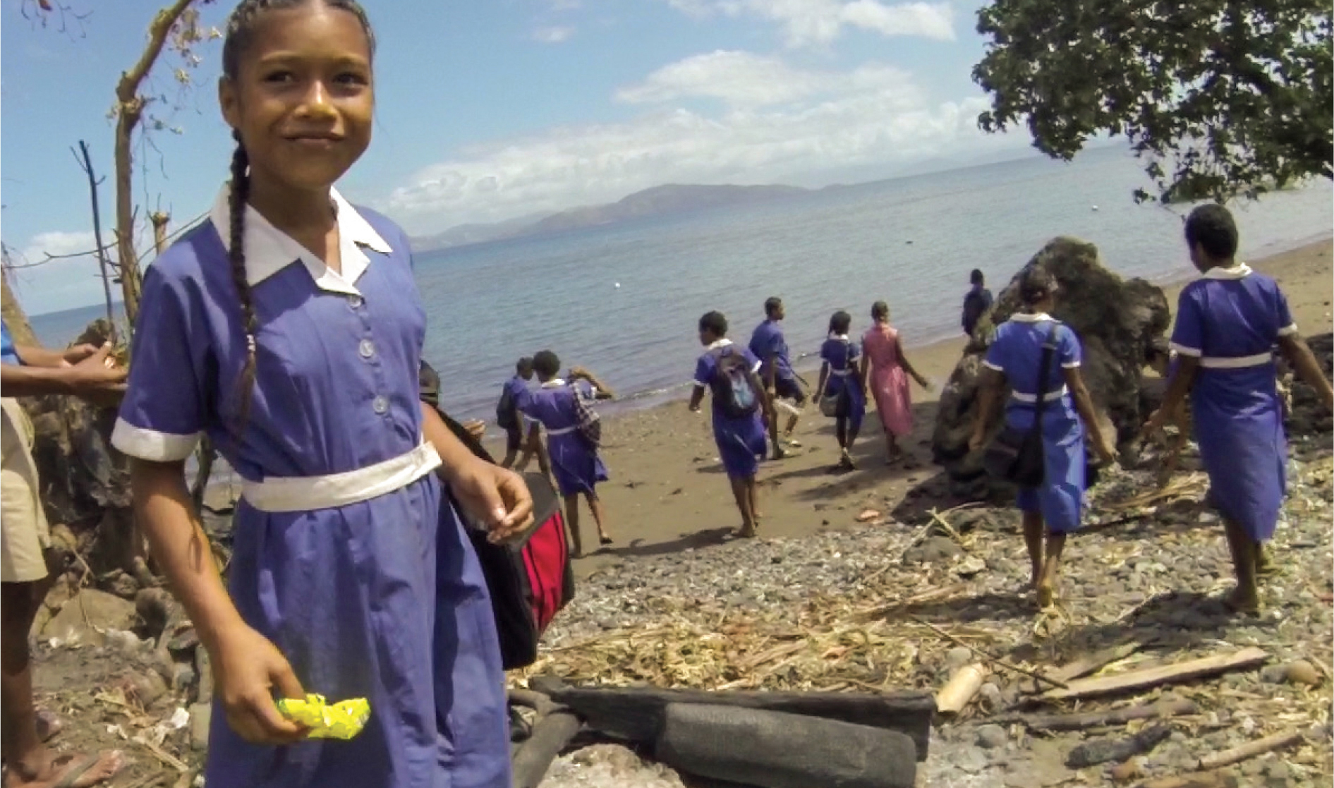 Moana_Sailing_Fiji_Kids_Beach_Clean
