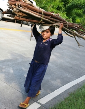 O trabalho infantil é altamente prejudicial ao desenvolvimento infantil