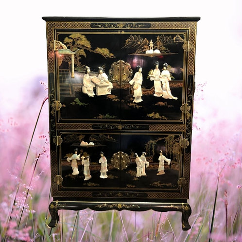 Armoire chinoise ancienne
