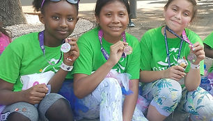 3_girls_with_medals.jpg