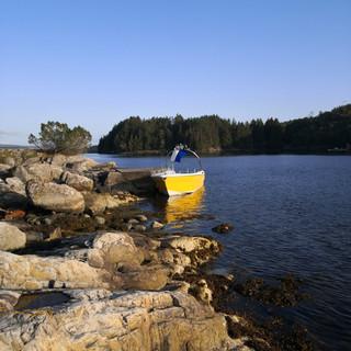 Sommerdag i Nautasundet mellom Bjorøy og Tysøyna