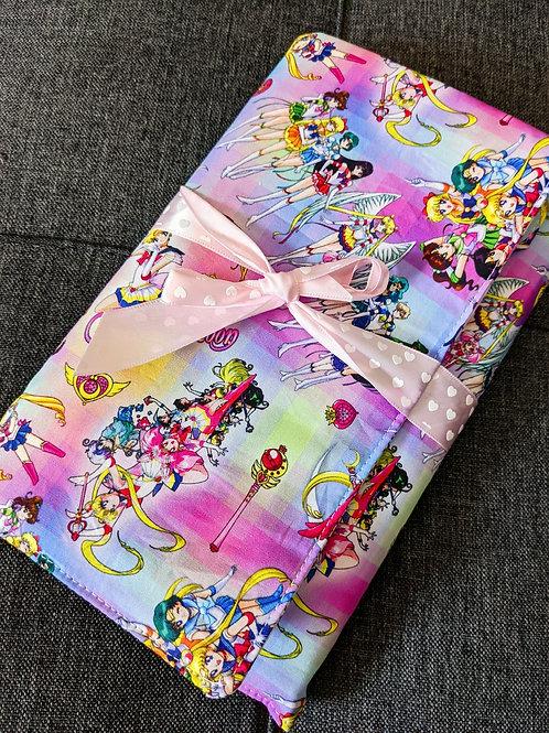 Notebook & Pen Holder: Sailor Moon