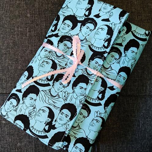 Notebook & Pen Holder: Blue Frida