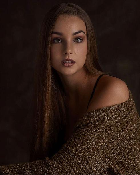 Jessica Brooks (12) (1).jpg
