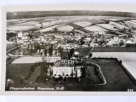 Schloss-Luftaufnahme 1940.jpg