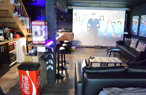 Espace cinéma dans Loft 45m2