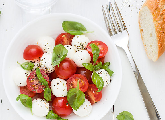 Marinated Cherry Tomatoes and Mozzarella