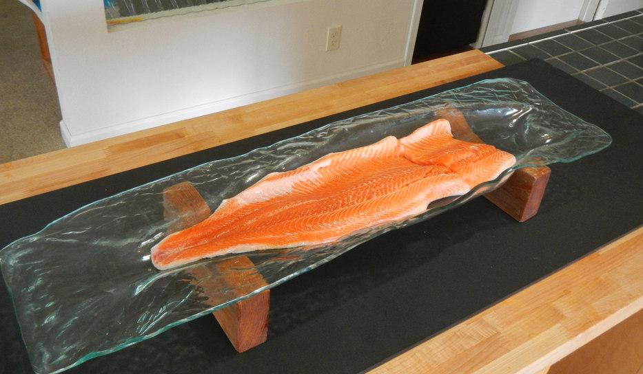 Transparent Glass Salmon Platter