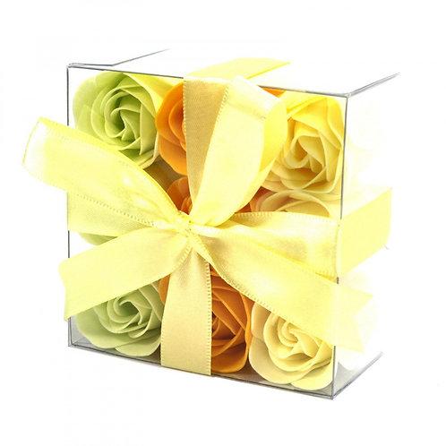 Ensemble de 9 fleurs de savon - Roses de printemps