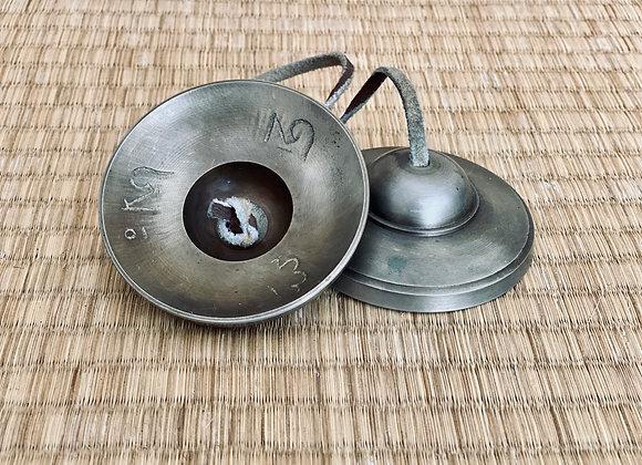 Les Tingsha ou Cymbales. Lisses et vierges de 7,8 cm