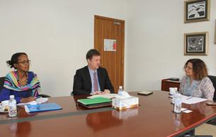 زيارة وفد برنامج الأمم المتحدة الإنمائي  لمركز تقويم وتعليم الطفل