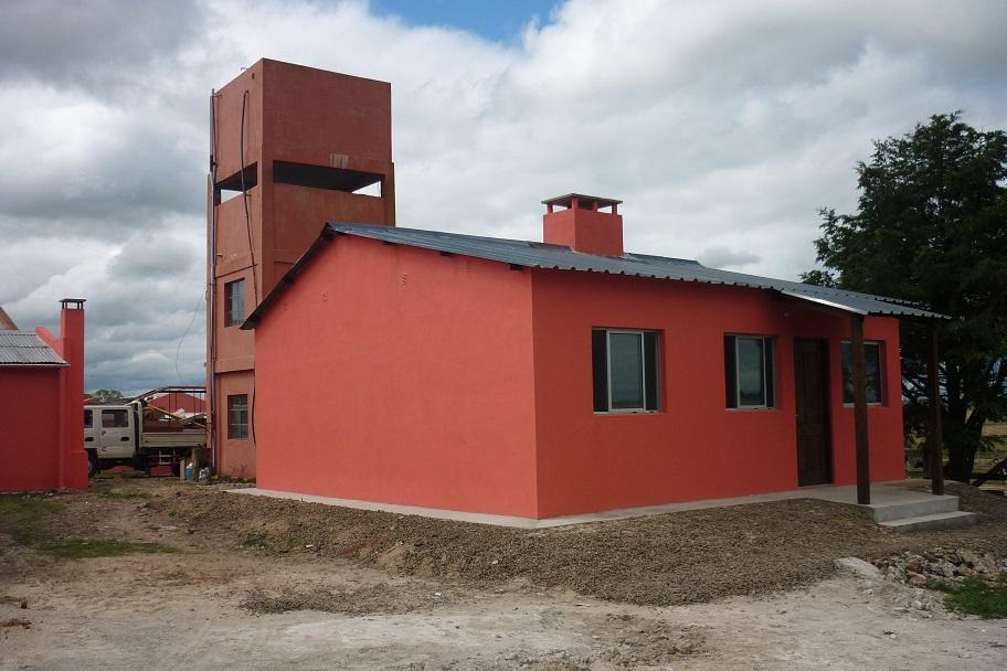 2010. TAMBO YAGUARY