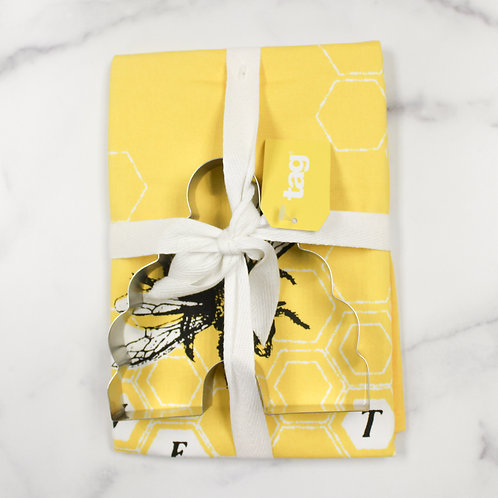 Yellow Bee Cookie Cutter & Towel Set