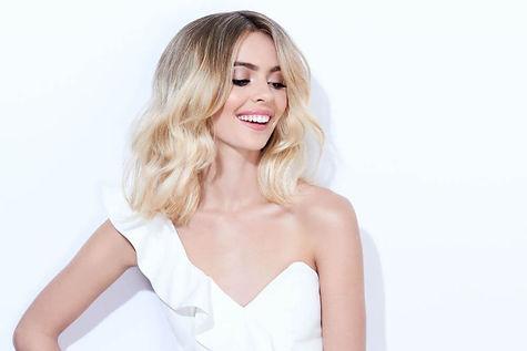 white-magic-hair-fodrászat-győr-női-hajvágás