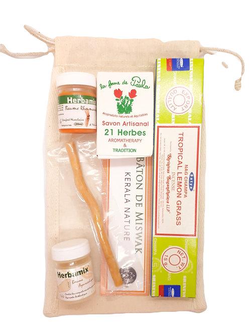 RANDO BOX, trousse pratique de produits de soin pour le randonneur