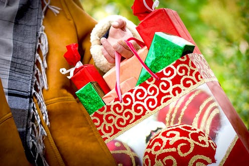 Create A Christmas Budget That Will Keep You Out of Debt