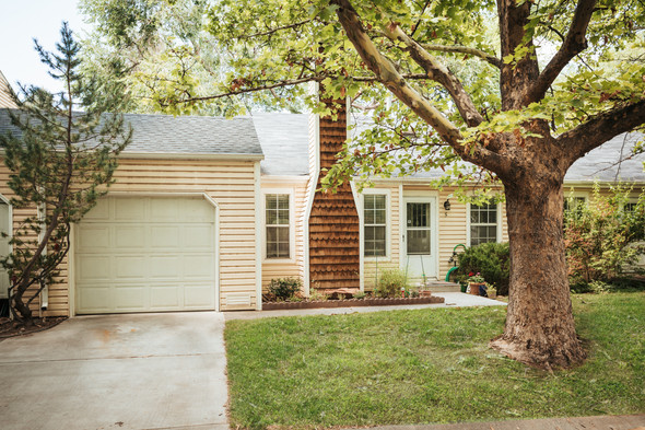 Adorable Redlands Bungalow! GREAT NEW PRICE!