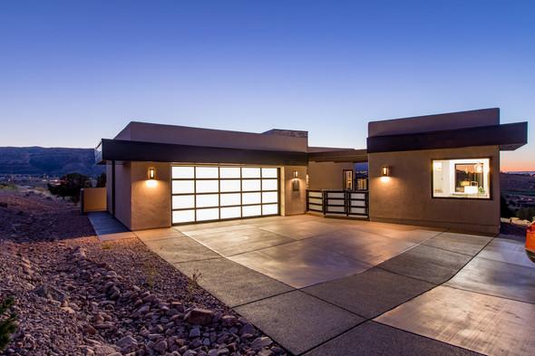 JUST LISTED - Palm Springs Modern Design w/ Casita