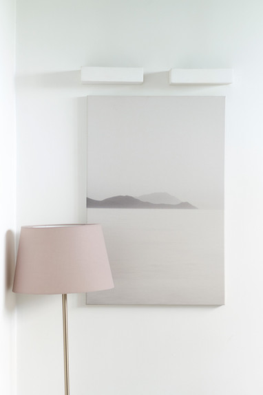 Interior_Room_Lamp_Picture_White_Wall_Le