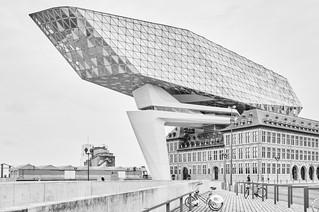 Antwerpen, Zaha Hadid_Leandra Garcia 11.