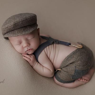 Newborn Neugeborene