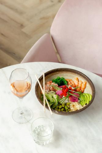 Sushi Bowl bij St Tropez in Deventer