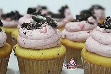 Cookies N Cream Cupcakes 💖_• _#bdacupca