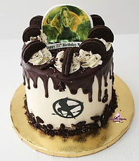 Hunger Games Cookies N' Cream 6_ Birthda