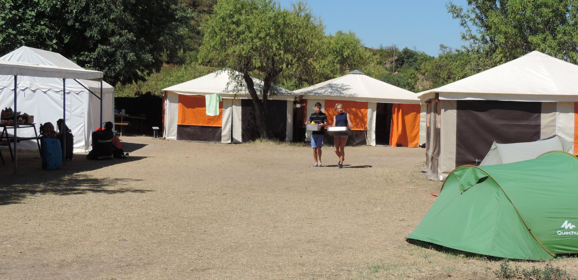base tentes.JPG