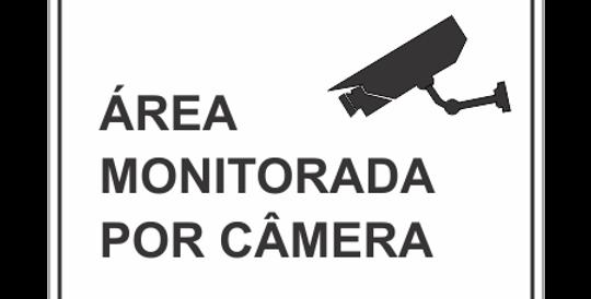Placa Área Monitorada por Câmera