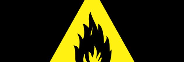 Placa de Sinalização de Advertência Risco de Fogo