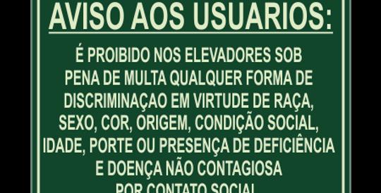 Placa Discriminação no Elevador