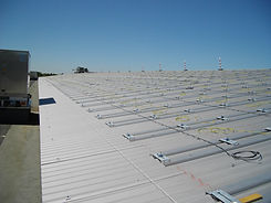 Société de construction de bâtiment à ossature metallique basée à Marseille, HEXECO assure également la construction de charpentes métalliques, couvertures bacs acier, bardage et isolation à Marseille (Bouches du Rhône) 13