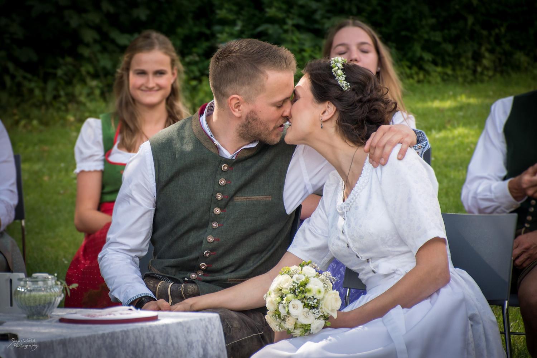 Hochzeit Julia und Daniel-177.jpg
