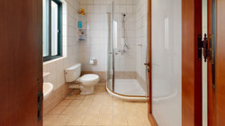 Maisonette-For-Sale-In-Mellieha-Bathroom