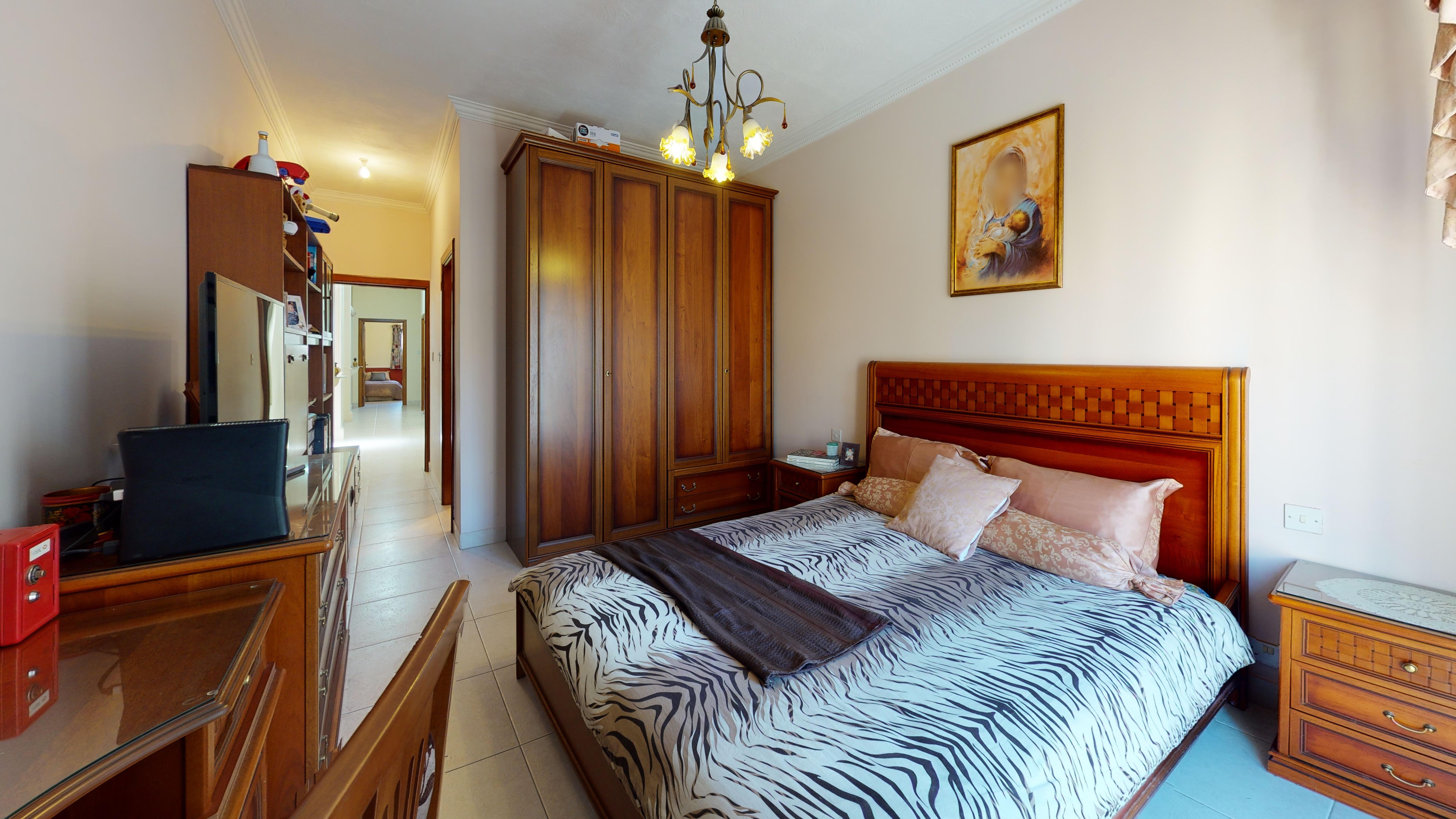 Maisonette-For-Sale-In-Mellieha-Bedroom.