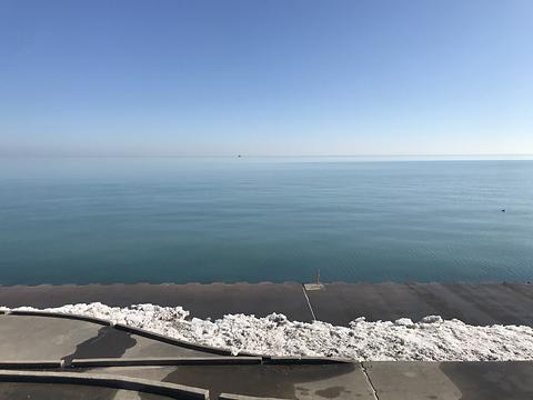 Lake Michigan and the sky