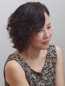 プ写真 荒田砂代子_edited.jpg