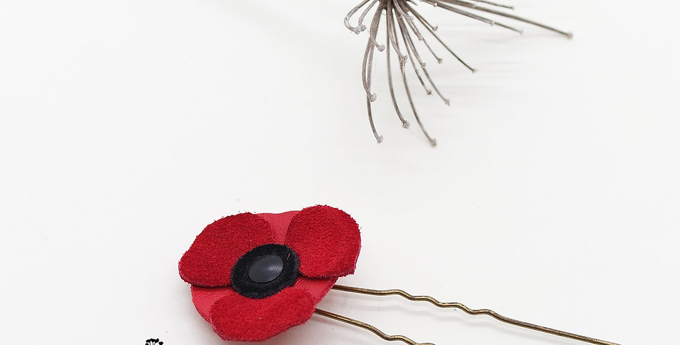 mini pique à cheveux fleur coquelicot en cuir recyclé