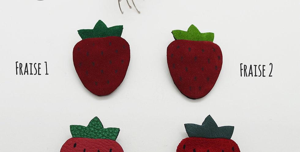 broche fraise en cuir recyclé