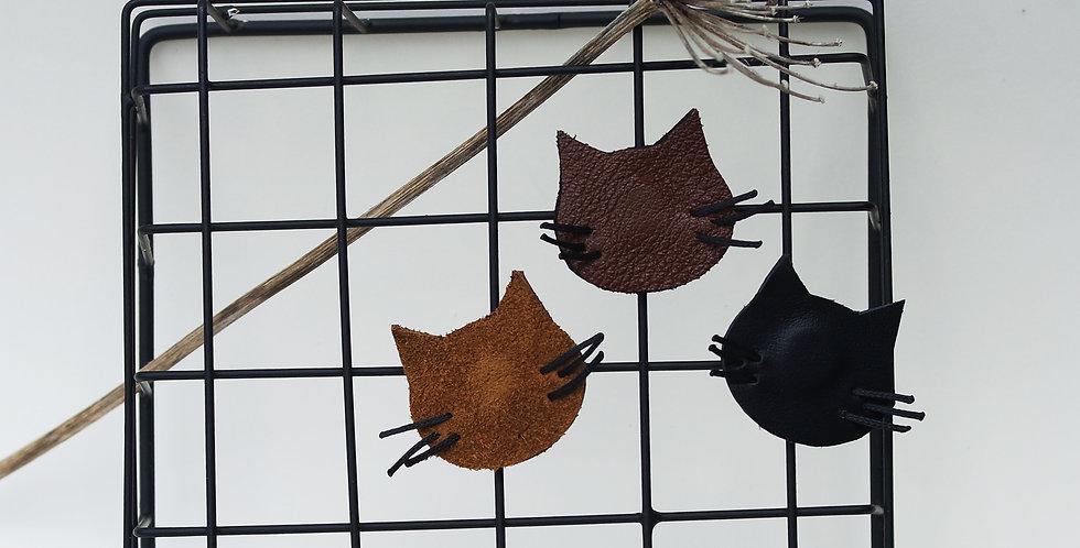 aimant magnet tête de chat en cuir recyclé
